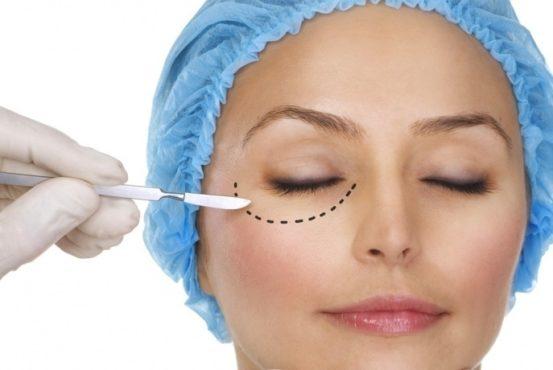 пометки на лице у пациэнтки